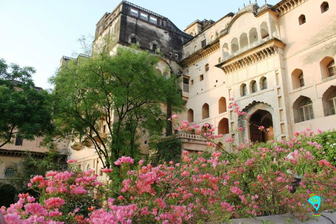Neemrana Resort Entrance